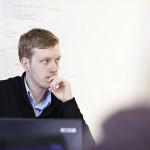 経営者に学ぶ、ネガティブ発言から見える哲学を読み解く